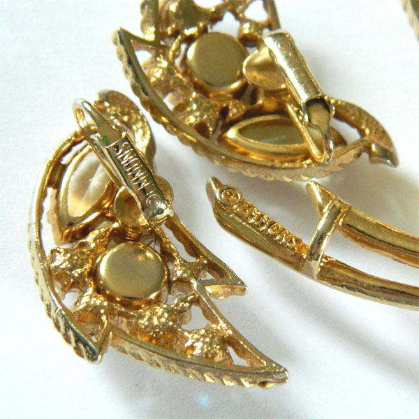 mod earrings emmons vintage jewelry by purpledaisyjewelry emmons rhinestone brooch and earring set