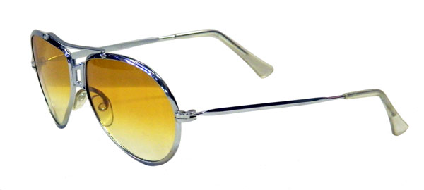 Vintage 1970 S Silver Metal Mens Aviator Sunglasses With