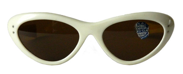 White 1960's cat eye sunglasses